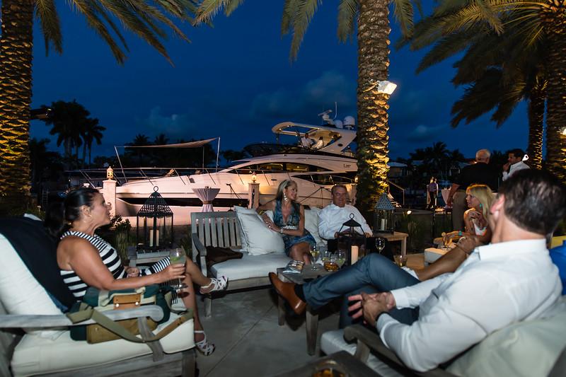 Sea Ray 590 Fort Lauderdale-161.jpg