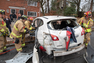 Manchester, Ct MVA w/extrication 12/15/18