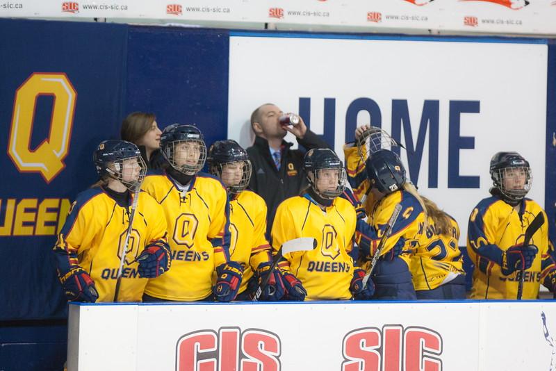 20130310 QWHockeyvsUBC 123.jpg