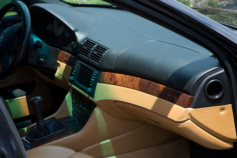 2003-BMW-M5-10.jpg
