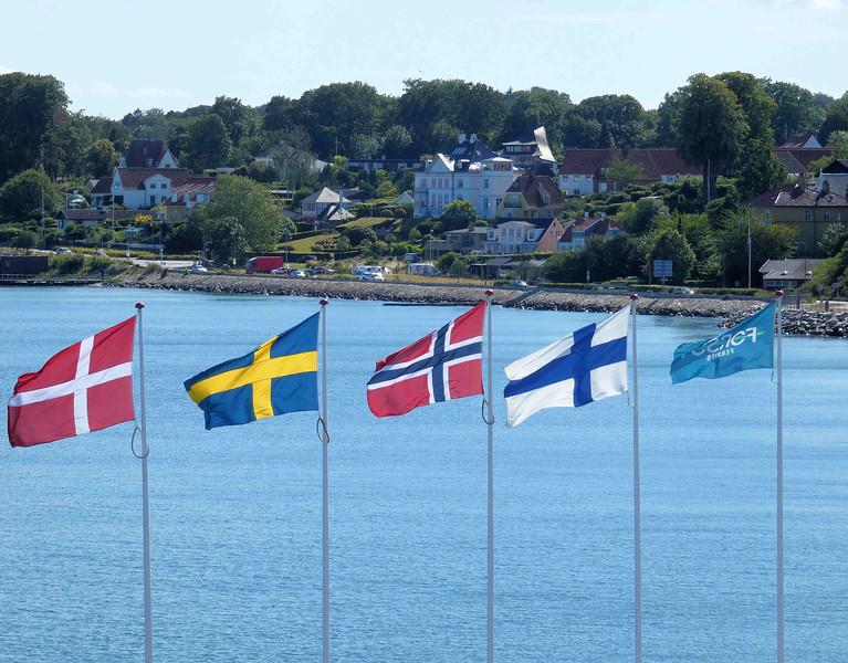 Helsinger port flags.jpg