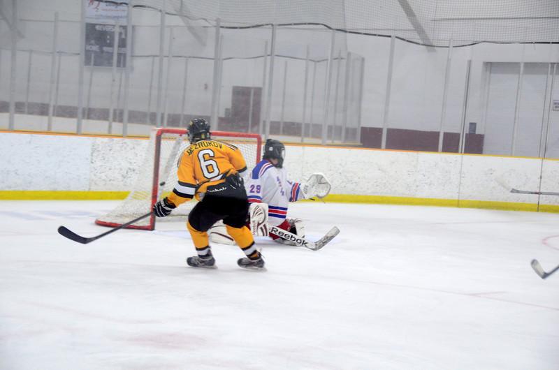 141018 Jr. Bruins vs. Boch Blazers-047.JPG