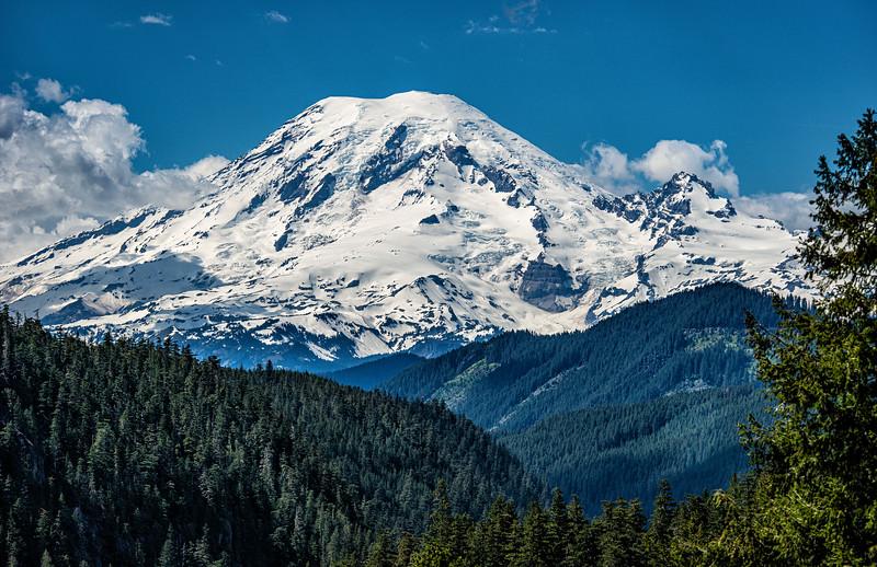 Mt Ranier clear.jpg