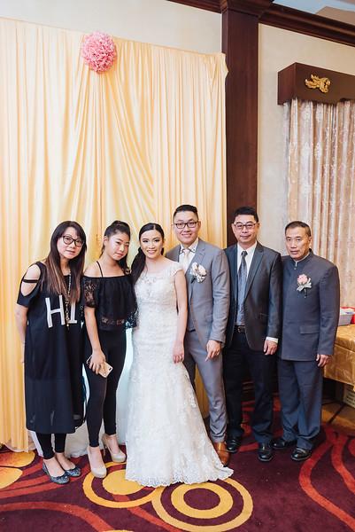 2018-09-15 Dorcas & Dennis Wedding Web-1021.jpg