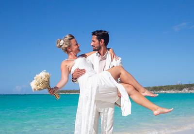 Astrid & Ludovic's Destination Wedding | Paradise Bay Resort | Exuma, Bahamas