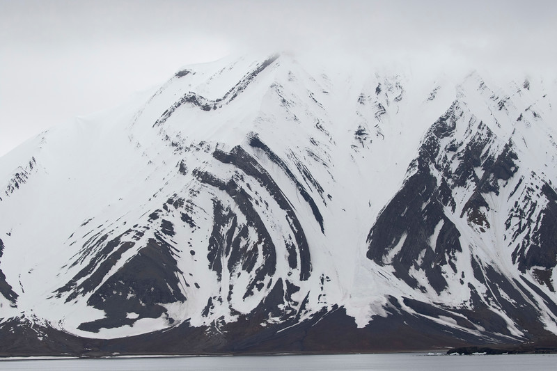 Inspirato-Arctic_Expedition18-03-Camp_Millar-0191.jpg