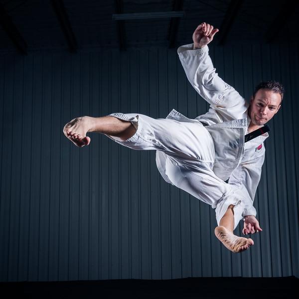 Jumping-Side-Kick-56.jpg