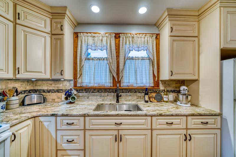 Waggoner Kitchen 2019-12.jpg