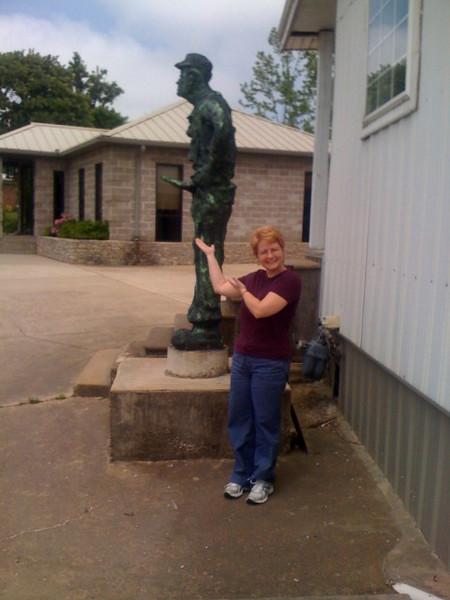 Hohenwald TN statue.jpg