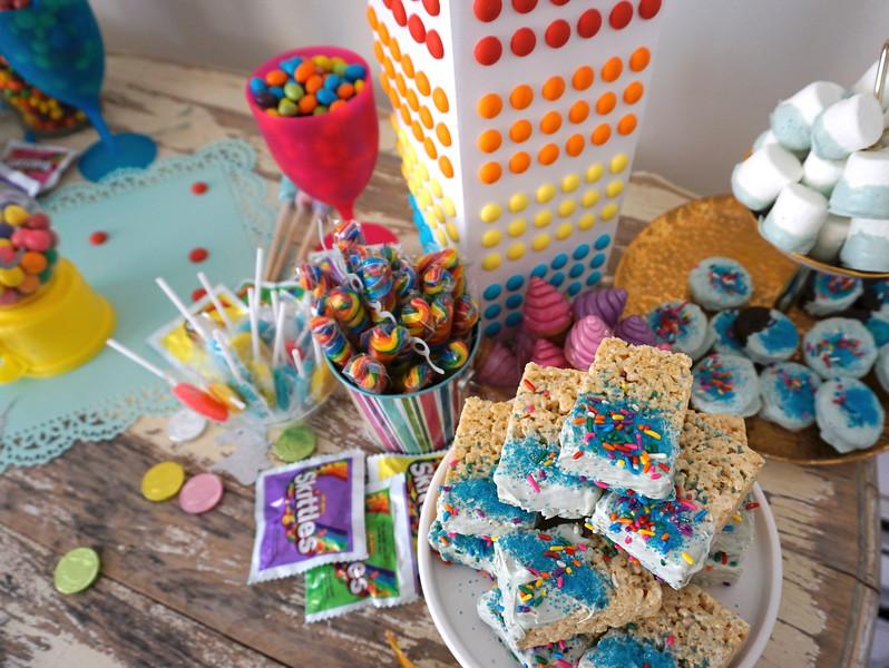unicorn party candy.JPG