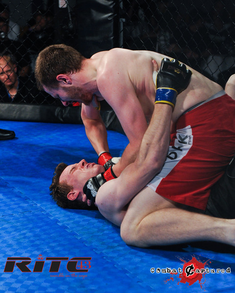 RITC43 B04 - Garrett Raines def Francois Bourassa-combatcaptured-0005.jpg