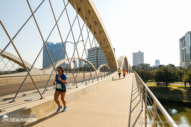Fort Worth-Social Running_917-0441.jpg