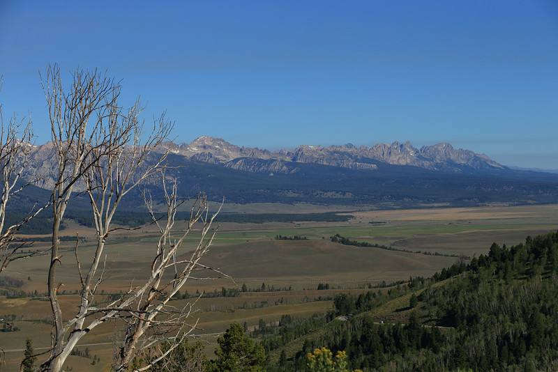 The Sawtooth Mountains between Ketchum and Stanley, Idaho