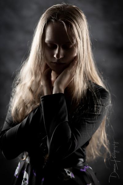 Zoe-goth-1.jpg