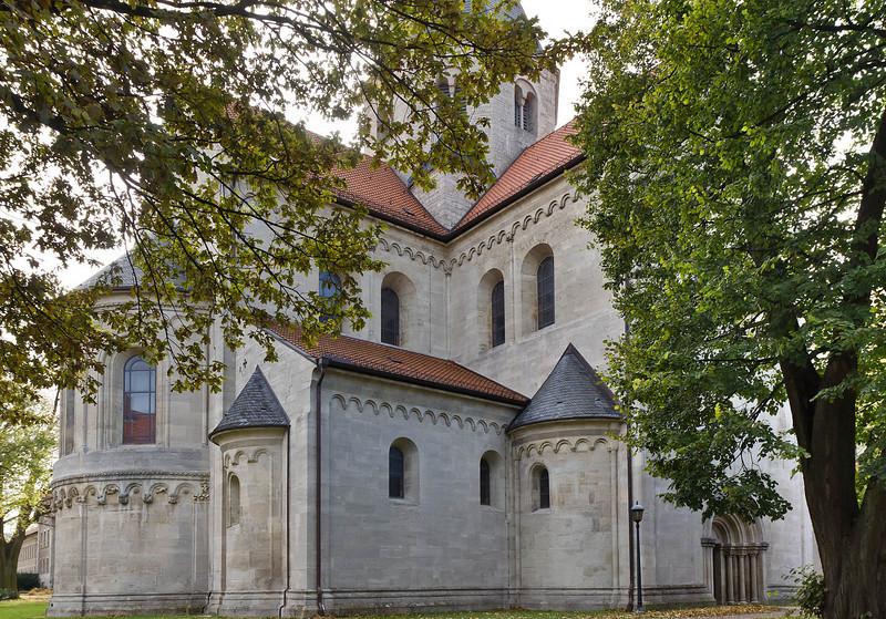 Königslutter, Dom: Ostpartie von Nordost