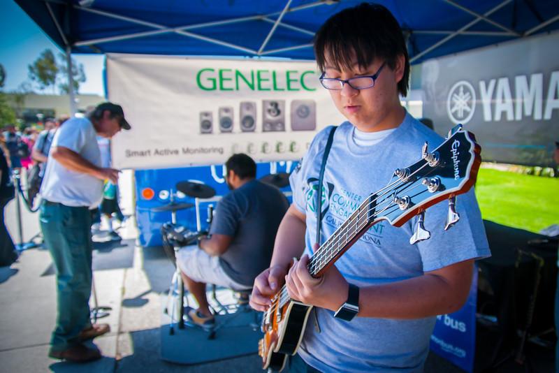 2014_04_24, Pomona, CA, Cal Poly Pomona, Epiphone, Genelec, Tents