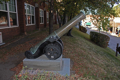 Here's a closer look at the cannon, which was manufactured in Seville, Spain.  Bearing the Serial #9220, the piece of artillery weighs 2,072 pounds.  It was one of six 12-centimeter cannons built in 1862 under orders from Spain's Queen Isabella.  The cannon was made of recast bronze.