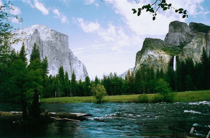 yosemite valley--merced river-a (2).jpg