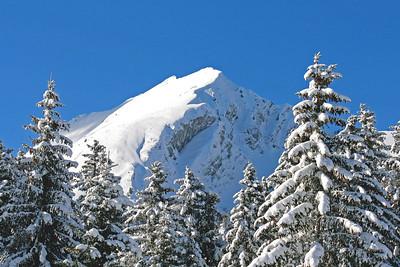Mountain in winter/ Montagne en hiver