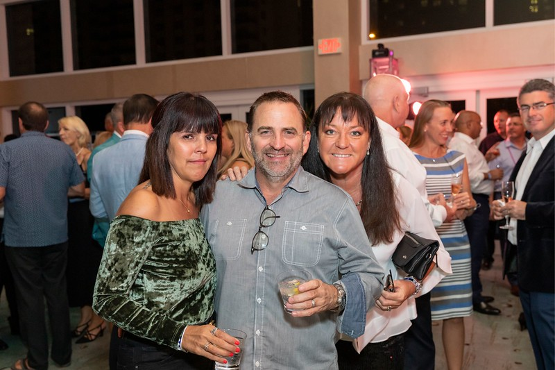 2019_11_Yachtail_Party_00162.jpg