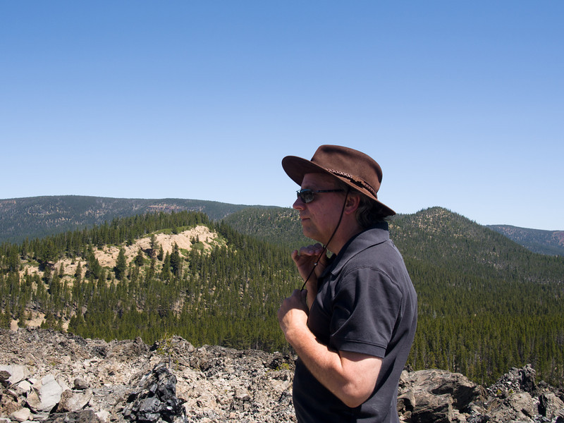 on the Obsidian lava flow trail