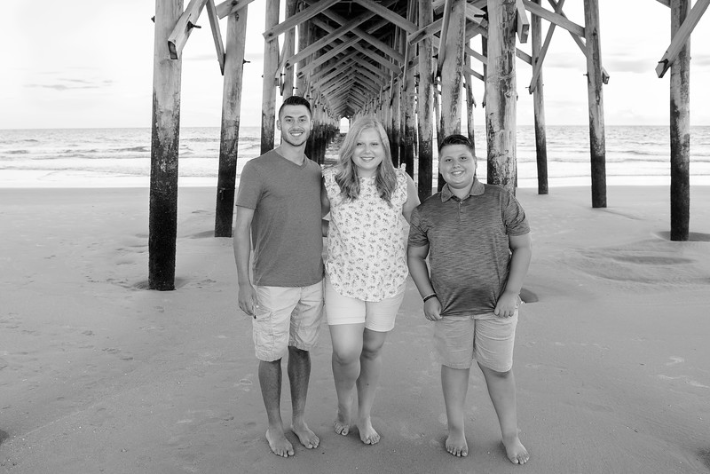 2018-07-06 Pawleys Island Family Pictures 010.jpg