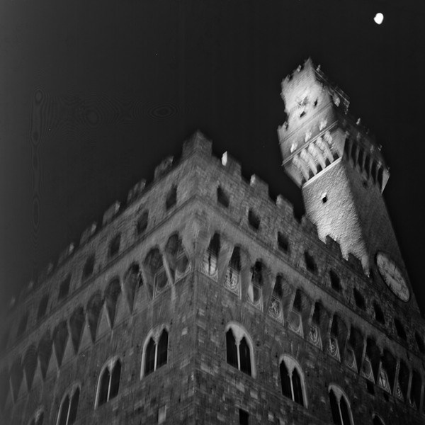 Palazzo Vecchio at Night  :Italy beyond 70mm. Photographs taken on 80mm (Medium format film)