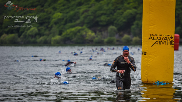 Sportpursuit Slateman Triathlon - Swim Blue Hats