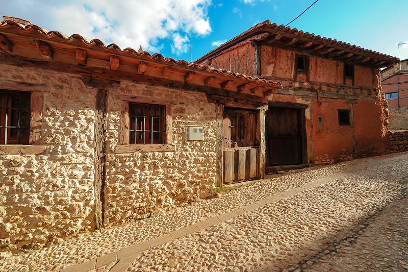 KCMB catalanazor village 2000-70-1210.jpg