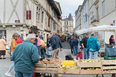 Spain and France 2019 Ste Foy La Grande Market