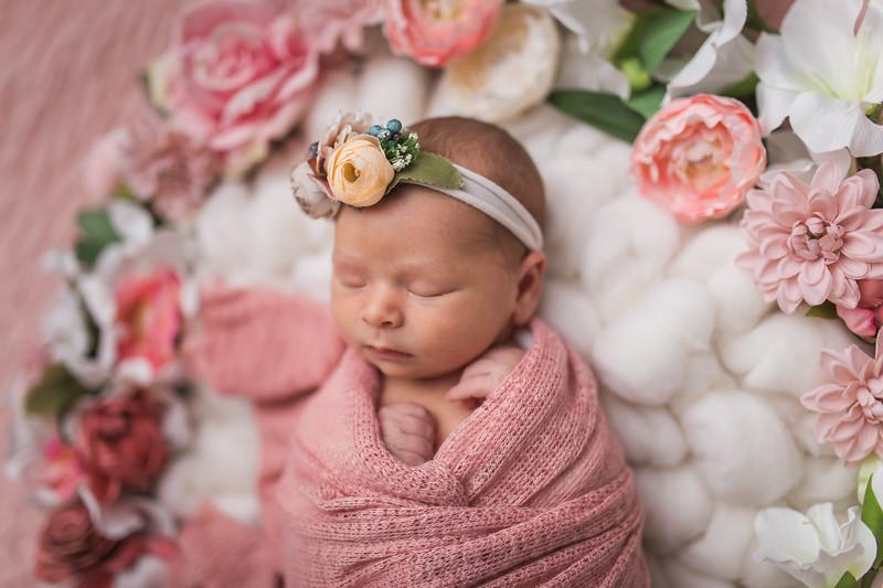 Kaylyn Newborn-92.jpg
