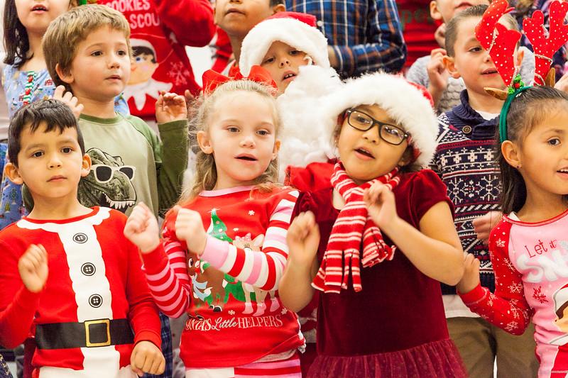 Christmas First Grade-38.jpg