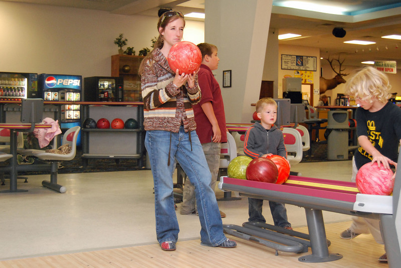 0162 If looks could knock down bowling pins.jpg