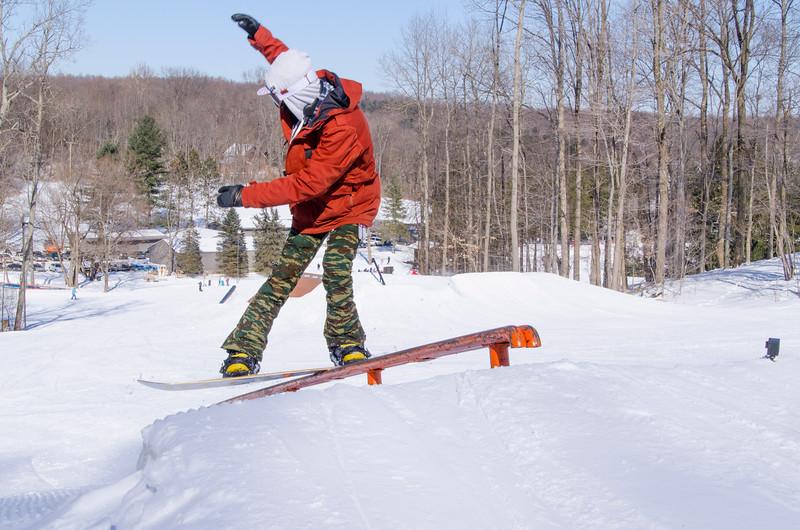 Snow-Trails-Rail-Jam-8226.jpg