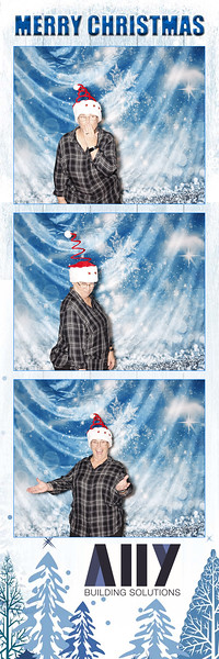 2018 ALLY CHRISTMAS PARTY BOOTH STRIPS_49.jpg