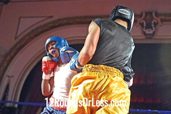 Bout 1 Lamar McKinley, Red Gloves, Empire BC , Cleveland -vs- Damien Norman, Blue Gloves, BulaBoxing, Ashtabula, 178 Lbs