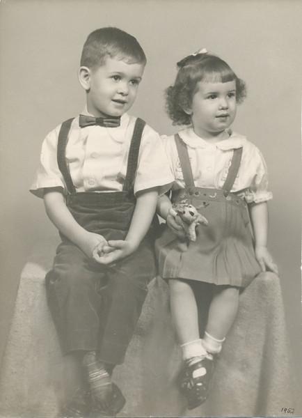 Max & Jane Sullivan 1952.jpg