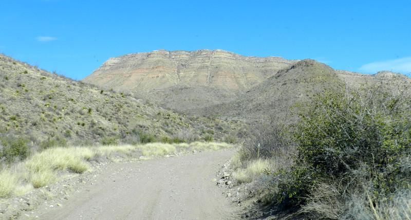 Pinto Canyon road2.jpg