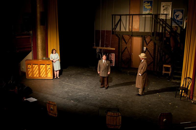 Curtains.20110301.1114.jpg