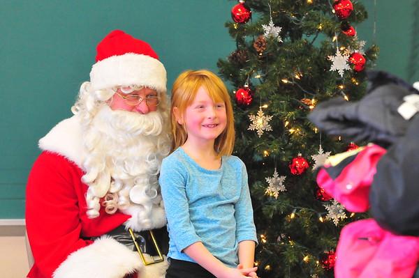 Santa Claus visits Elrosa