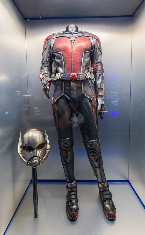 MARVEL'S AVENGERS S.T.A.T.I.O.N. - Antman Outfit