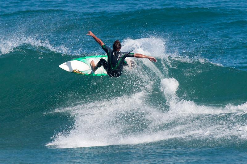 2010-12-11-surf-0085.jpg