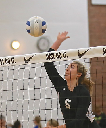 Outlaw Volleyball vs Cascade @ State 11-07-14