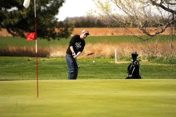 Axtell Golf 2011