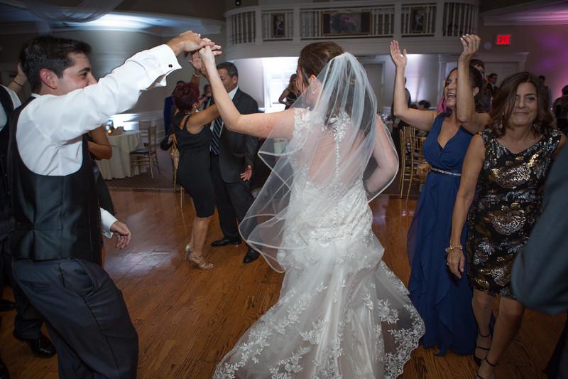 MRN_1306_Loriann_chris_new_York_wedding _photography_readytogo.nyc-.jpg.jpg