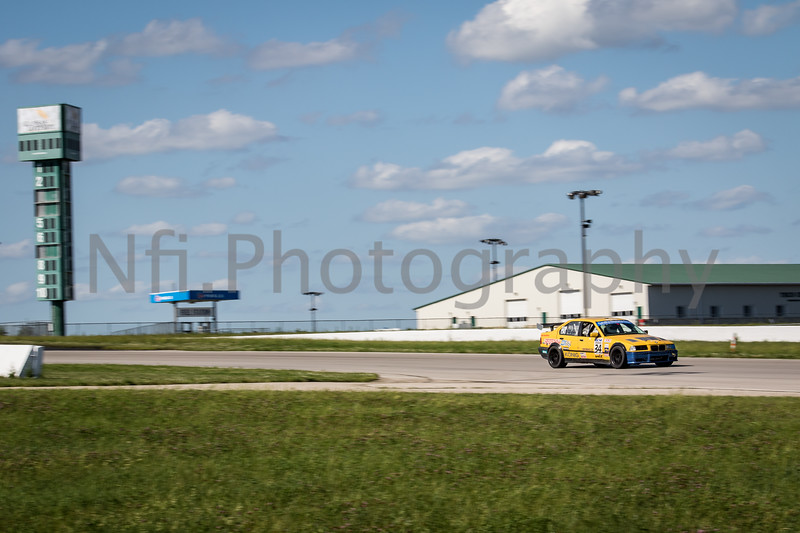 Flat Out Group 2-203.jpg