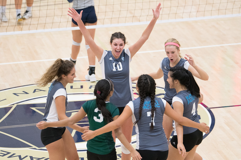HPU Volleyball-93171.jpg