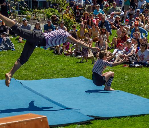 Set four, UMO Circus Arts 1 at Ober Park, Vashon Island Strawberry Festival 2019