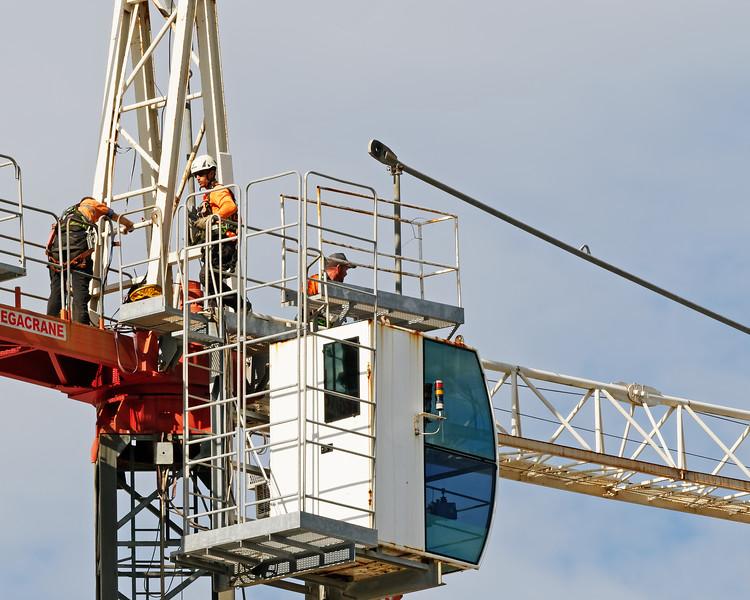 Construction crane removal. Update ed306. Gosford. April 9, 2019.