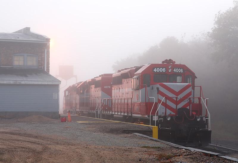 Wisconsin & Southern 4006 (EMD SD40-2) - Janesville, WI